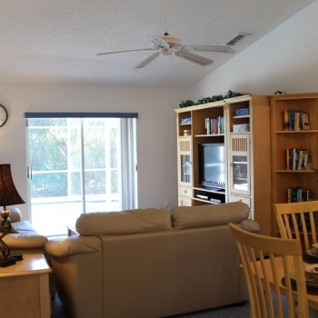Living Room - Flat screen HDTV, Radio, HD Cable TV, BluRay DVD Player, DVDs, Games, Books and More